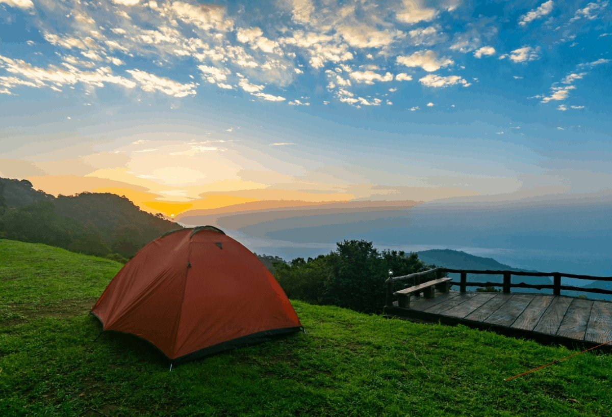 How to choose tents with tall center height