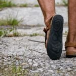 How to Choose the Best Men's Sandals for Walking