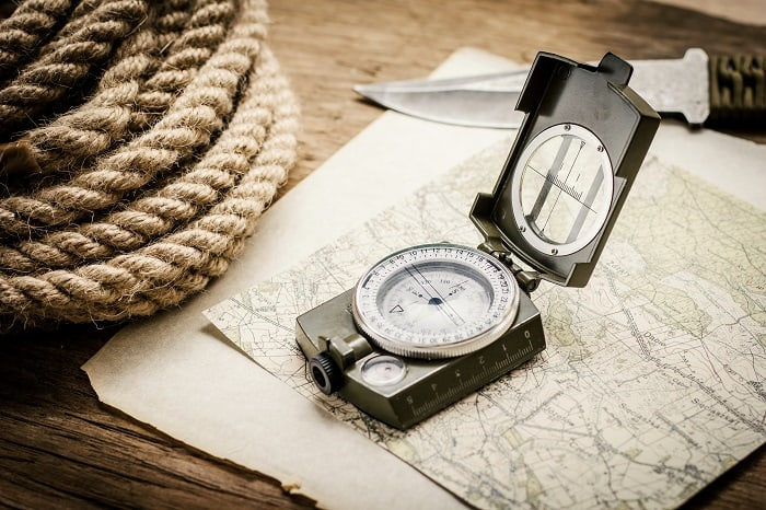 How to use a compass?