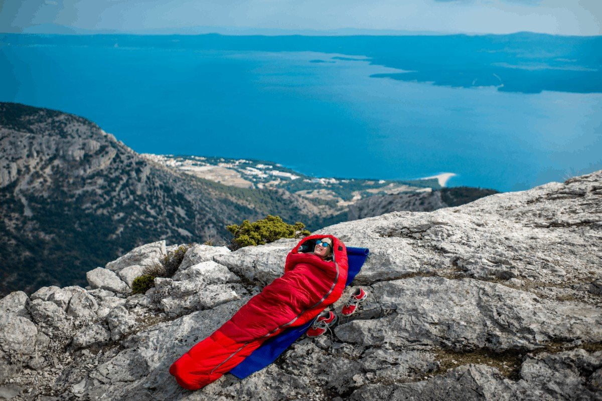 Quilt vs sleeping bag Which is ideal for your trip
