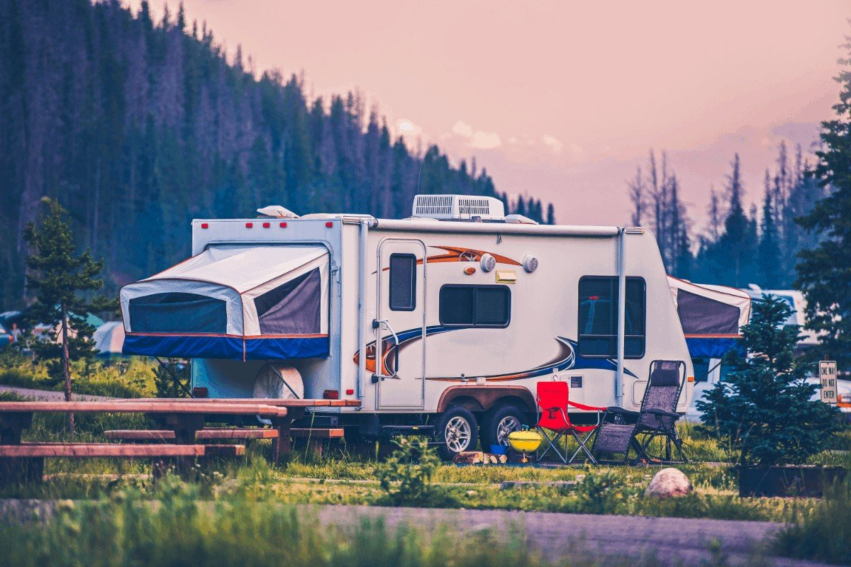What are the pros and cons of pop up campers