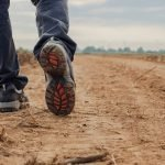 How to Choose the Best Walking Shoes for Flat Foot